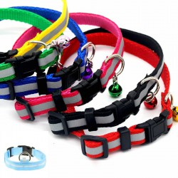 Reflective cat collar with a bell