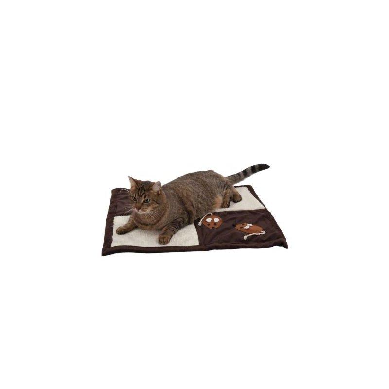 Patchwork mat for a cat scratching